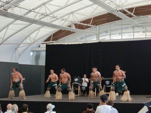 Danse Maori au festival de la culture du pacifique