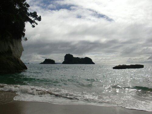Océan pacifique à Cathedral Cove