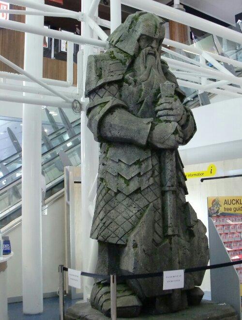 Statue de Gimli à l'aéroport d'Auckland, Nouvelle-Zélande