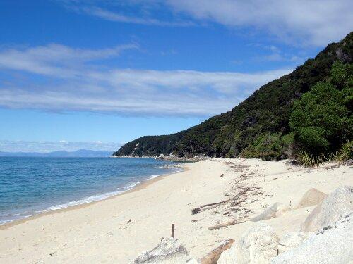 Plage sur le Abel Tasman Coast Track